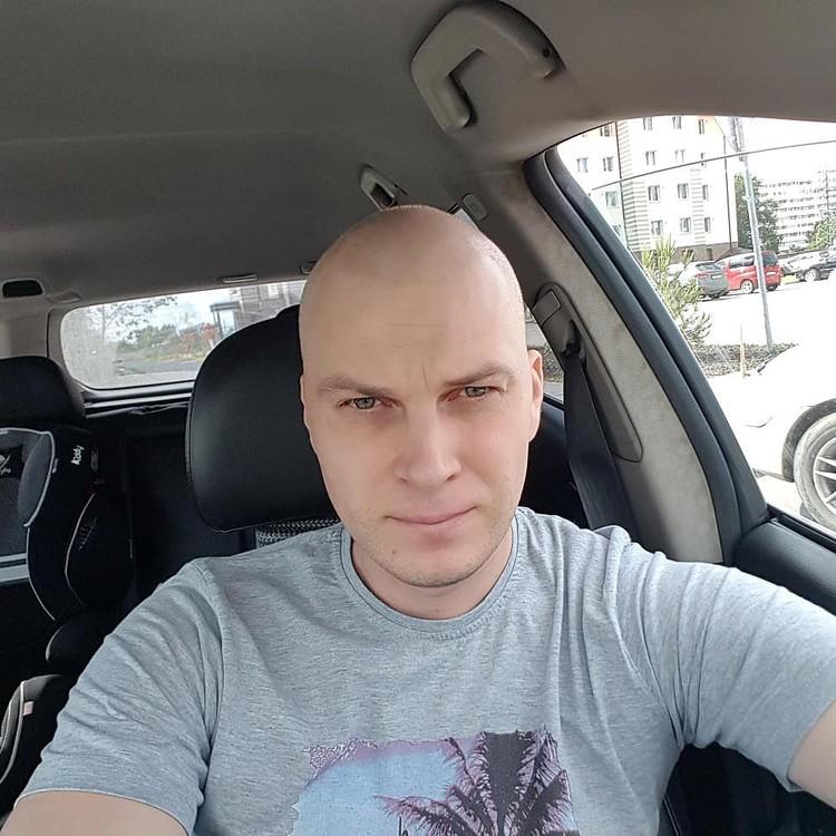 Сын Владимира не узнал папу лысым. Фото: www.instagram.com/vavan_new/