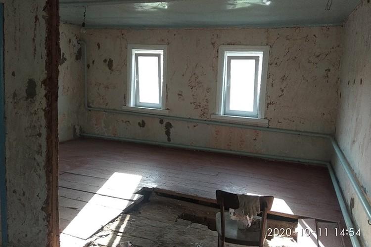 Ремонт в доме помогали делать волонтеры. Фото: Александр Кравченко.
