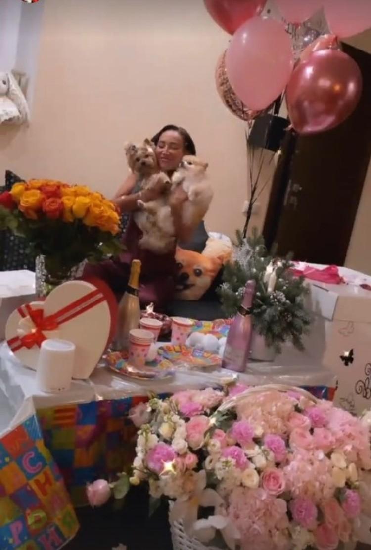 Ольга Бузова празднует свой юбилей Фото: instagram.com/buzova86