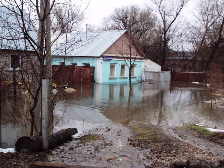 Тулячка бьет тревогу по поводу засорения протекающей по городу реки Воронки