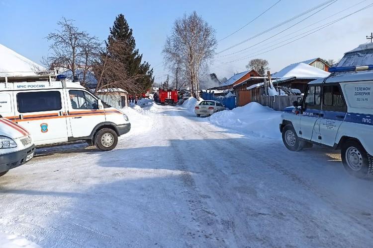 Дознаватели МЧС по Новосибирской области установят причину возгорания.