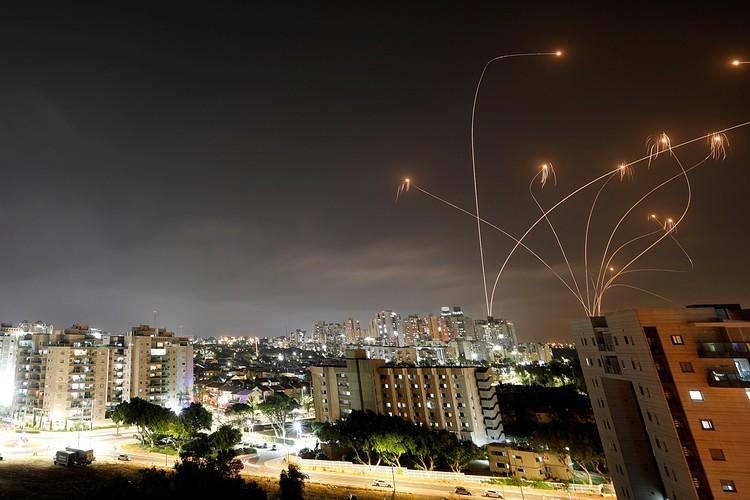 Ракетные обстрелы и столкновения на улицах: Из-за чего вновь обострилось противостояние Израиля с палестинцами