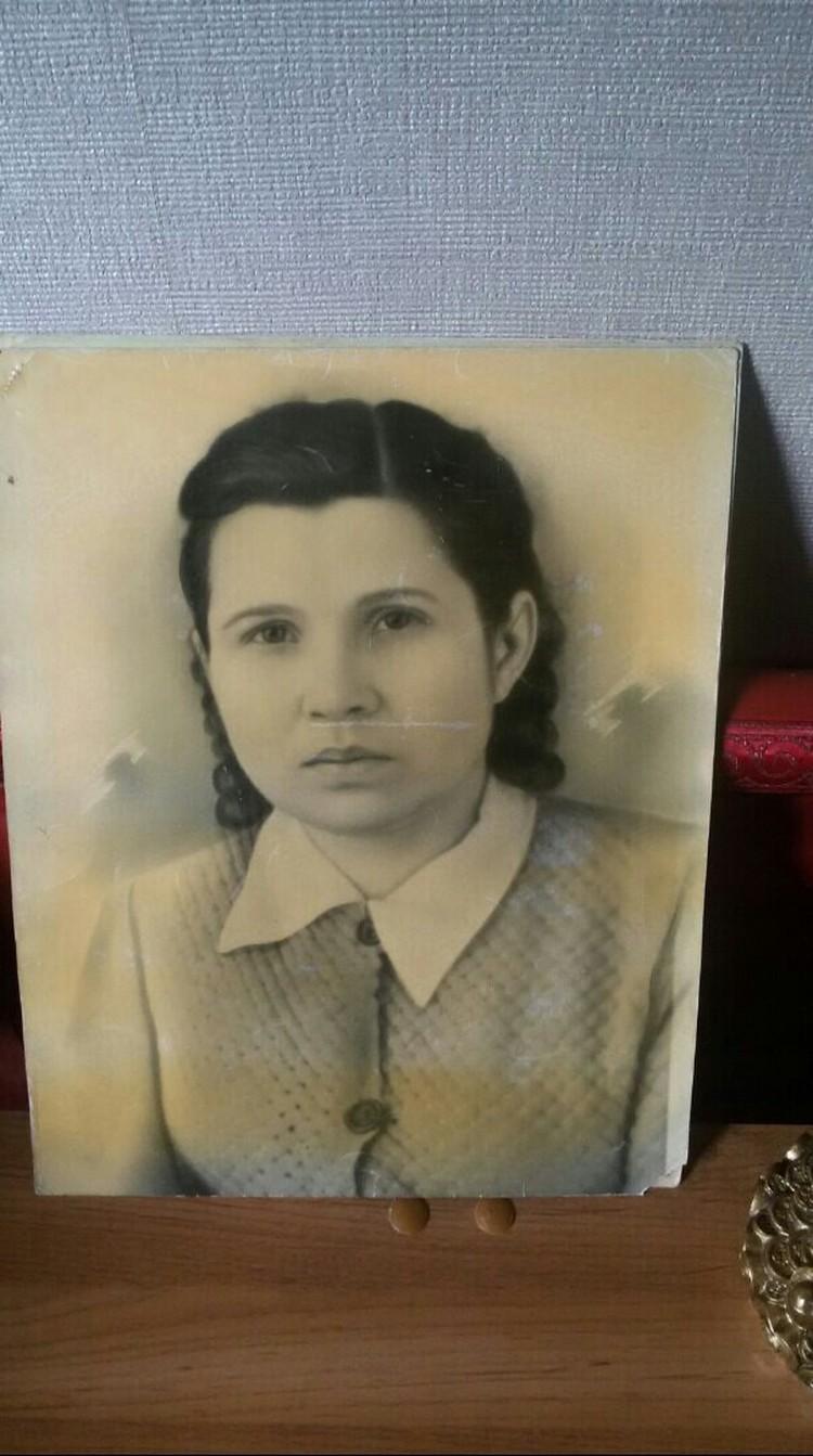 Это Аня, будущая жена Хунлиня. Фото: архив семьи.