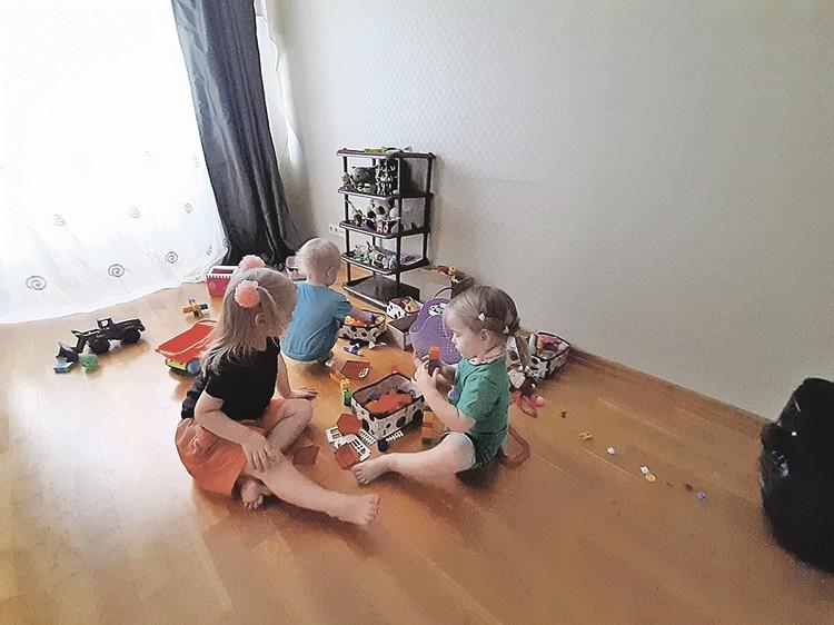 Вернувшись из Китая, семья поселилась в Москве в однокомнатной квартире. Фото: Личный архив