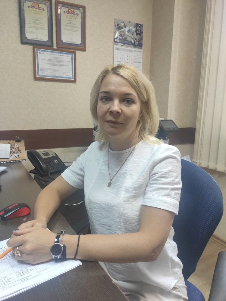 Руководитель испытательной лаборатории Елена Блинова компетентно рассказала о нововведениях.