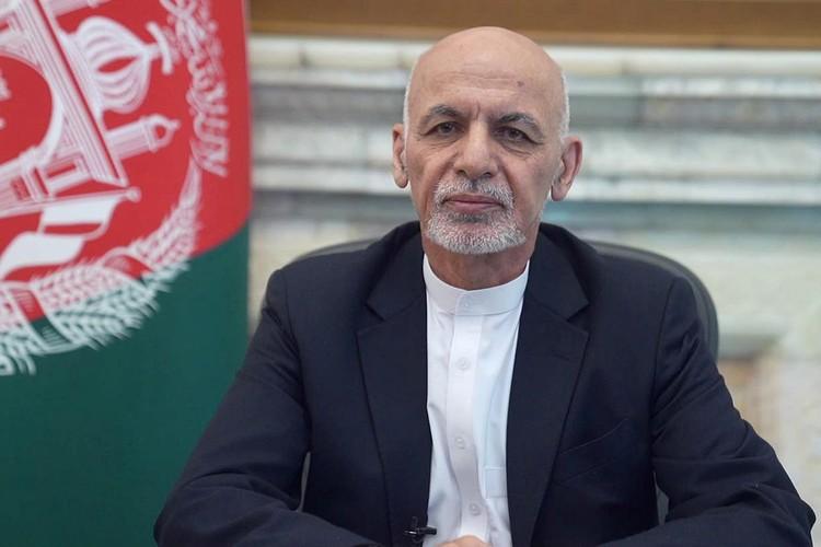 Президент Афганистана Ашраф Гани подал в отставку