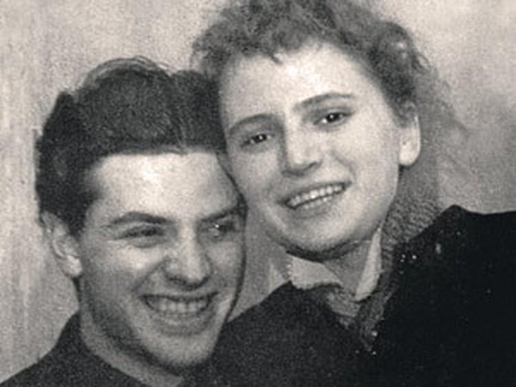 Снимок 50-х годов. 60 лет с тех пор Ширвиндт и Белоусова вместе.