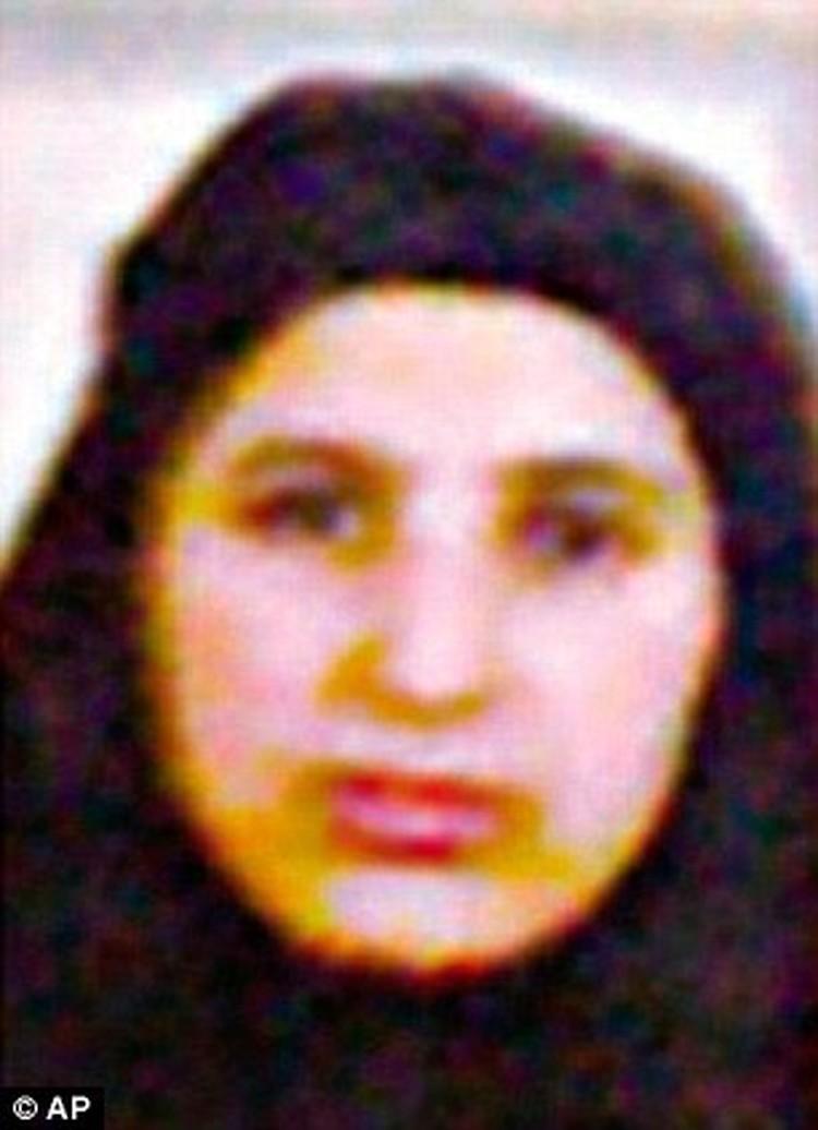 Амаль - младшая жена Усамы бен Ладена