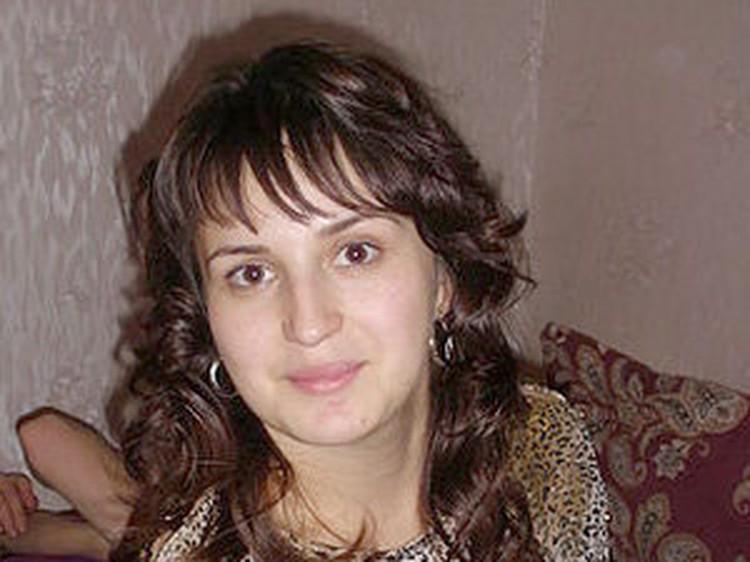 Александра приехала в Воронеж, чтобы отпраздновать Рождество со всей семьей. Встреча с родителями стала для нее роковой...
