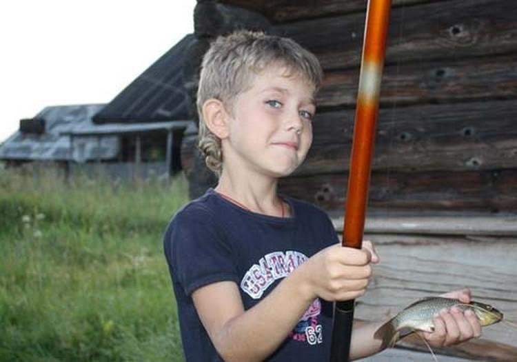 Иван Богачев - большой любитель рыбалки. На его удочку уже попадались и подлещики, и даже судак.
