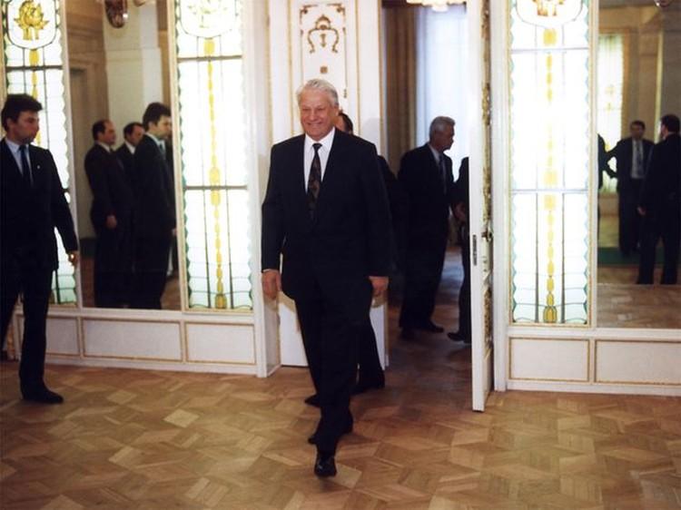 Борис Ельцин был в Вискулях одной из центральных фигур.