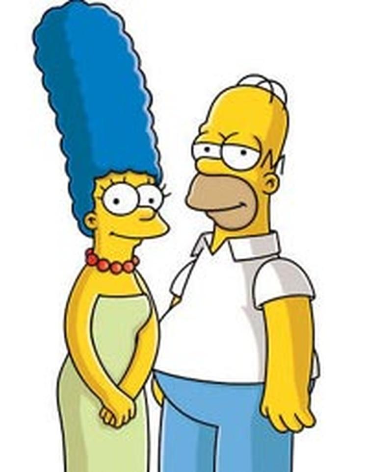 Гомер и Мардж Симпсонов озвучивают Борис Быстров и его жена Ирина Савина