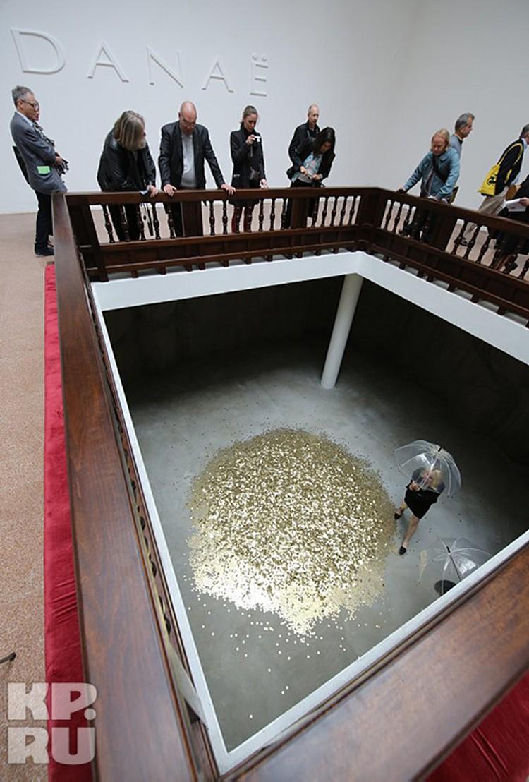 Проект «Даная» выглядит как монетный двор