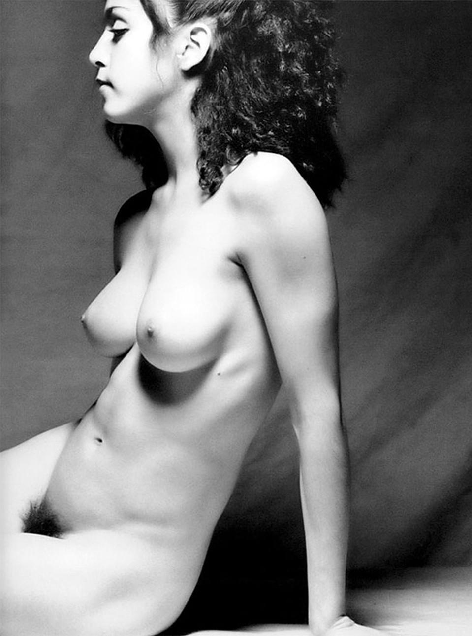 Mitzi Martin Topless