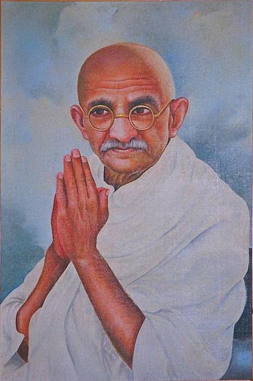 Индийцы увековечили своего лидера в картинах