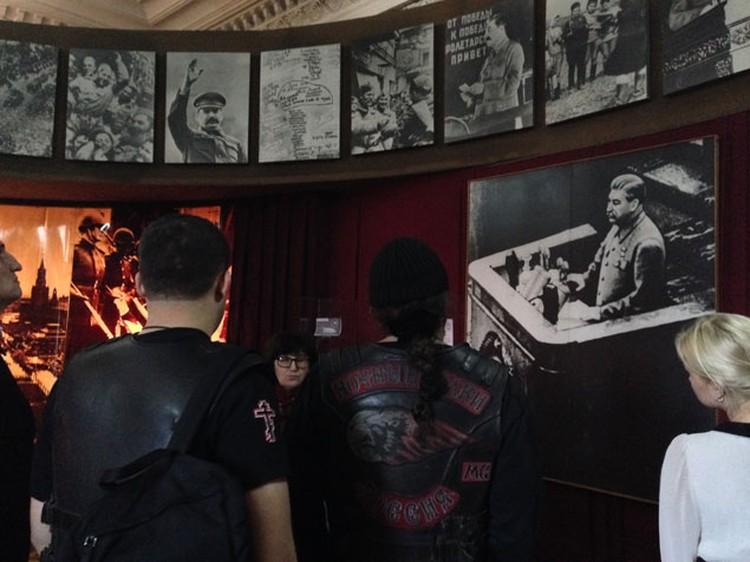 """Ночные волки"""" также заехали в музей Сталина в Гори"""