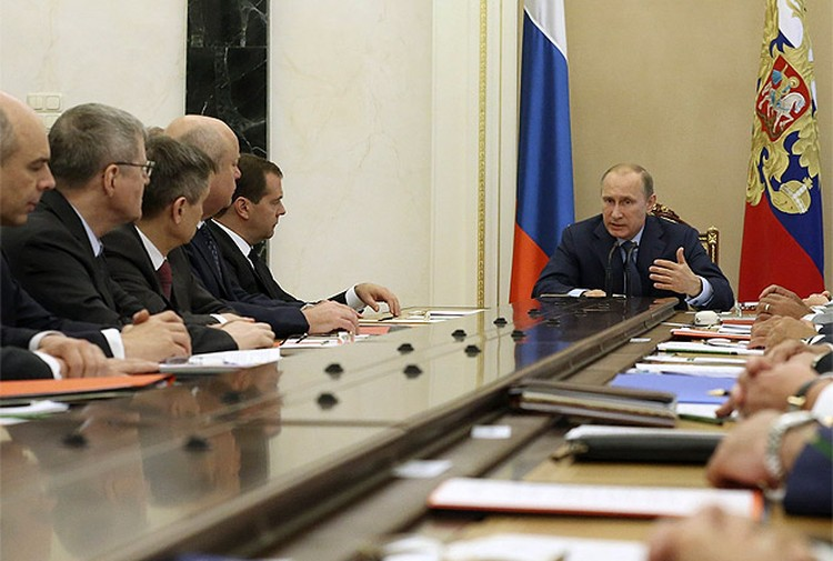 На Совете безопасности президент объяснил, что должна делать наша страна в ответ на санкции Запада