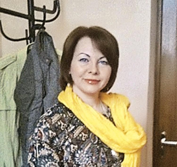 Елена Худик.