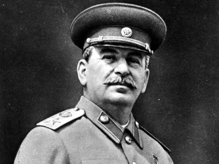 После 5 марта 53-года про инициативы Сталина о внедолларовом блоке стран никто в Кремле не вспоминал. К власти в СССР приходили люди без стратегического мышления