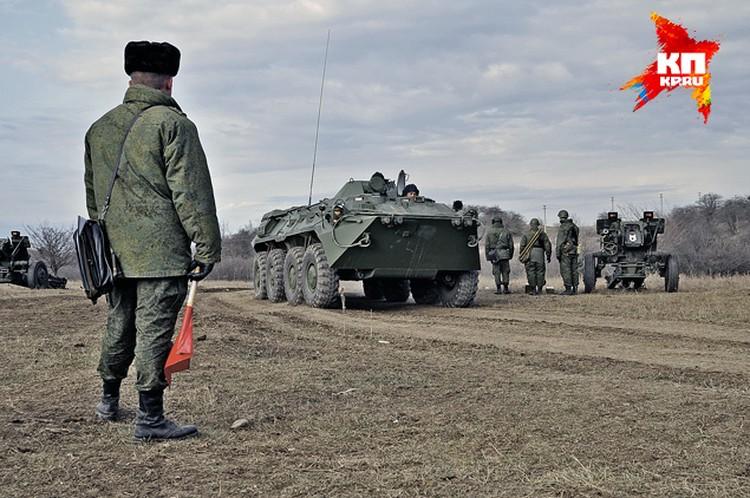 В крымских воинских частях начались учения и полевые выходы. В украинском Крыму бойцы даже не ходили на стрельбище.