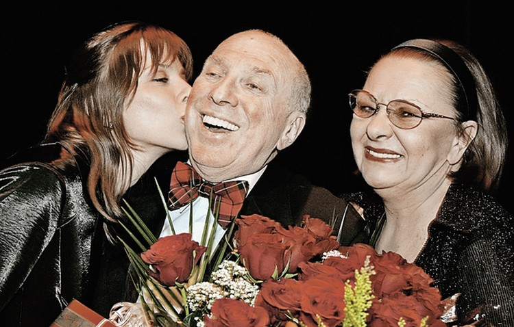 Актер отпразднует юбилей скромно, в кругу близких- жены, актрисы Натальи Теняковой, и дочери Дарьи. Фото: ИТАР-ТАСС