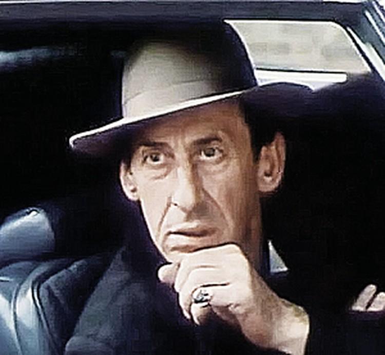 Басов в роли бандита Стампа был неотразим. Фото: кадр из фильма.