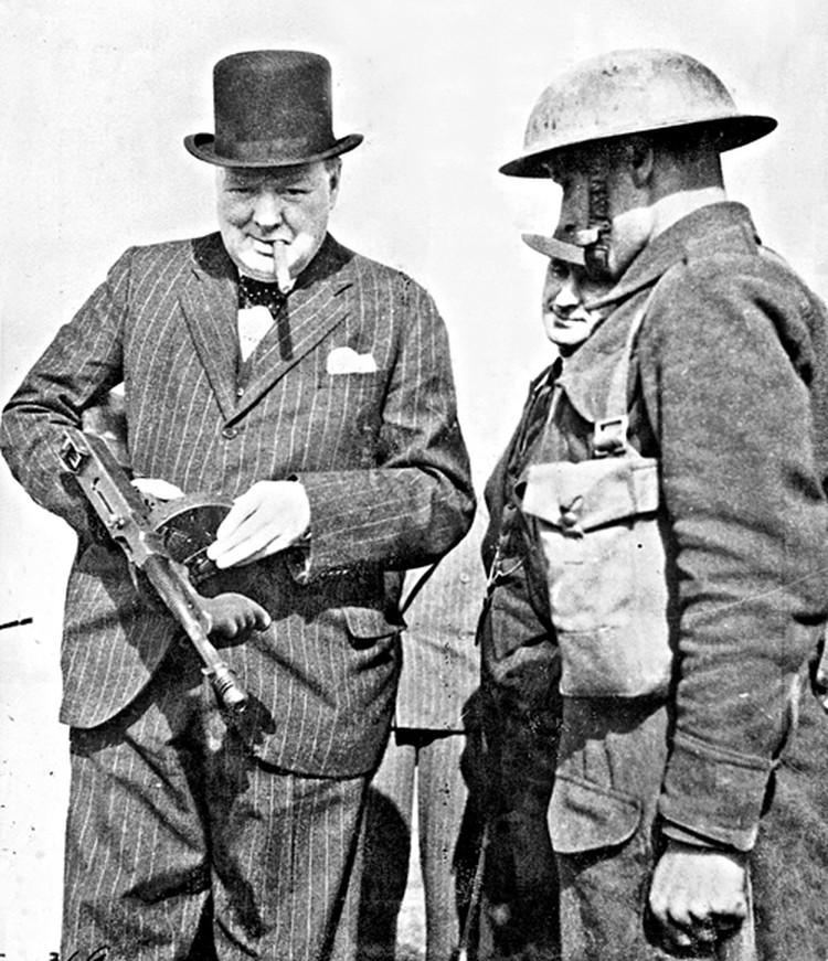 Черчилль понимал: оружием могут быть не только пушки  и пулеметы, но и закулисные переговоры.