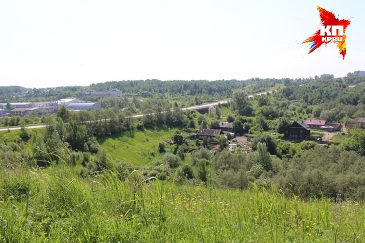 Долина реки Язовая, где ведутся поиски останков Михаила и Джонсона