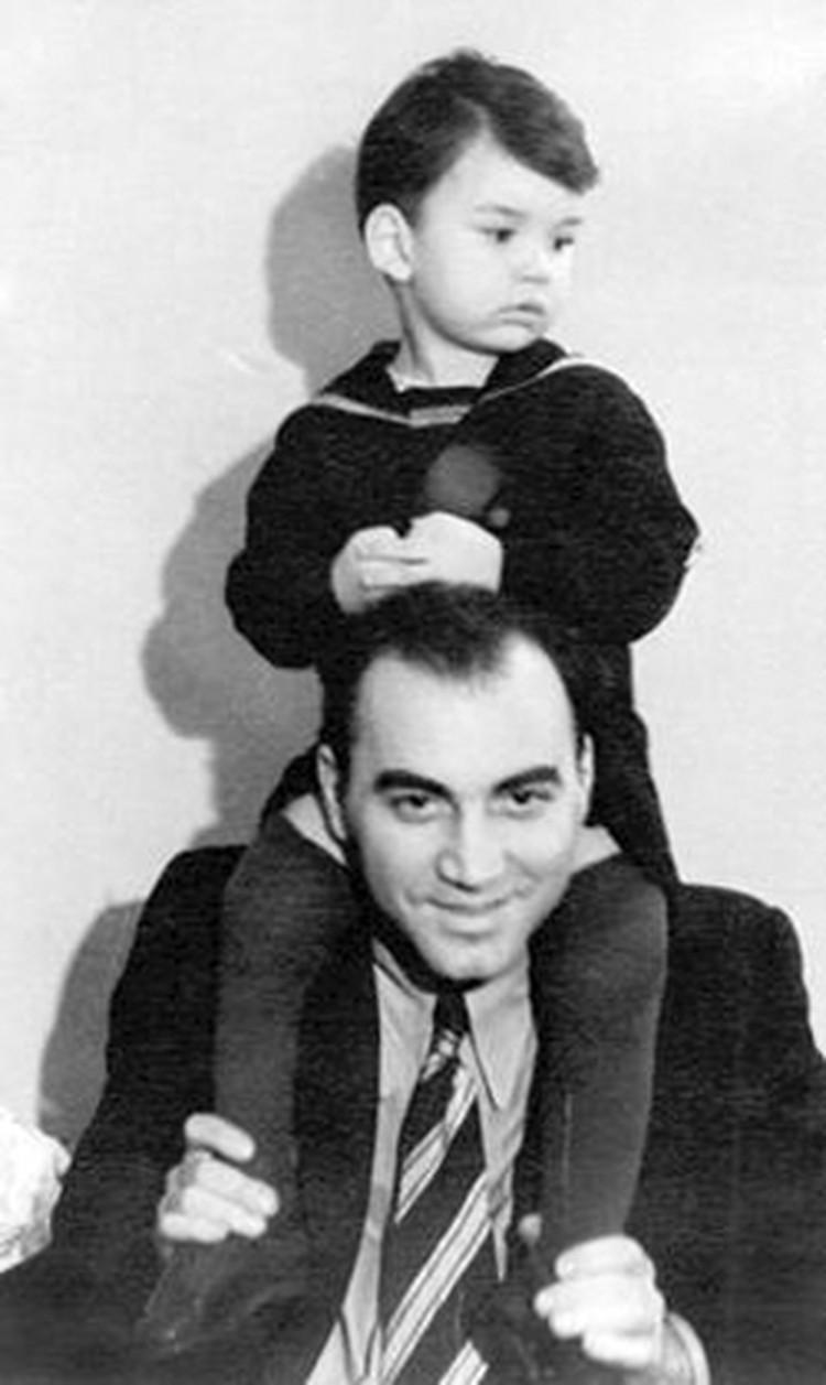 Композитор Кирилл Молчанов с сыном.