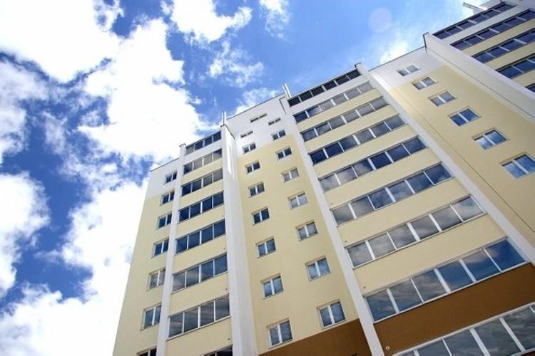 """""""Пионер"""" теперь - самый высокий дом в Рыбном."""