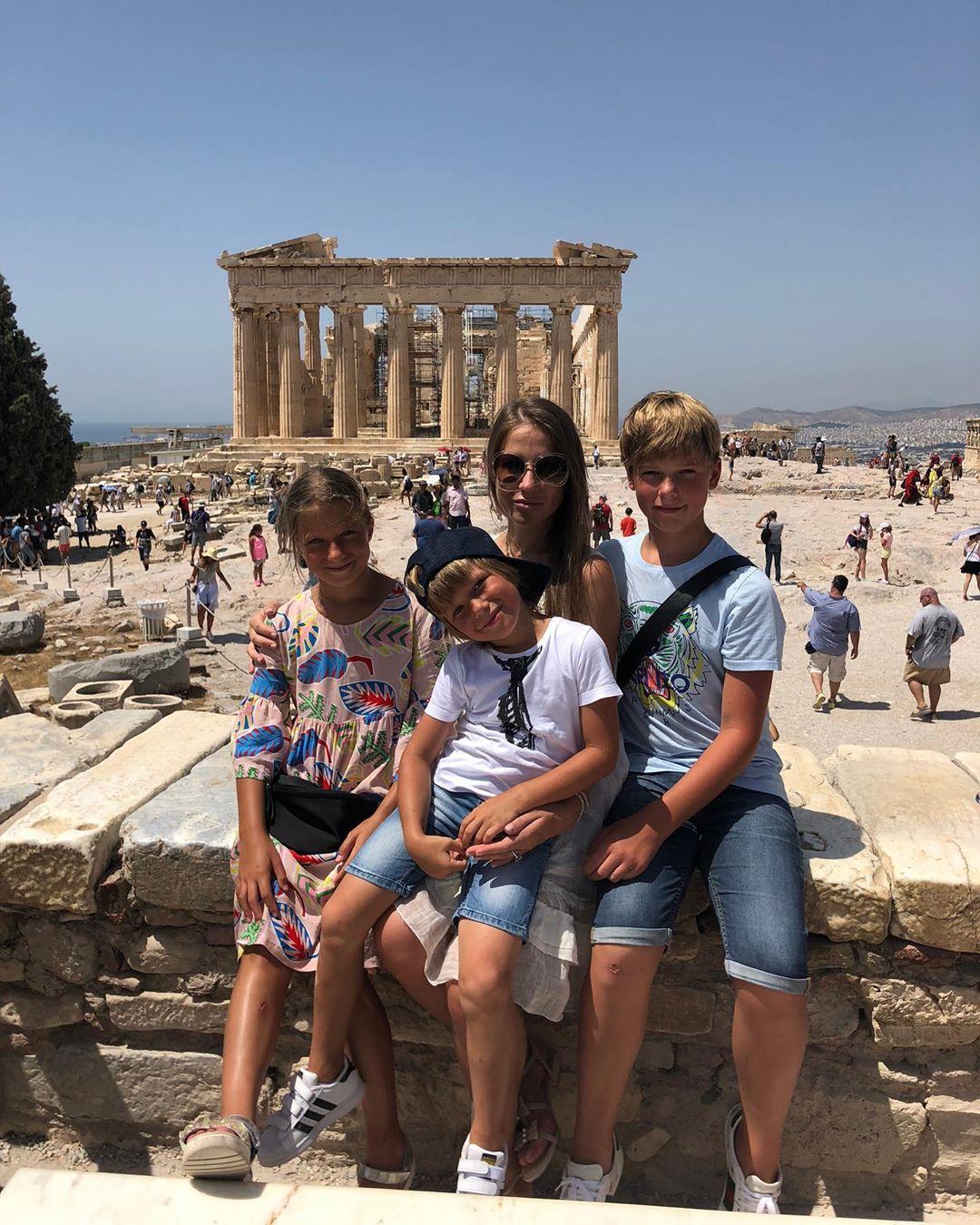 Сегодня Афины и дети