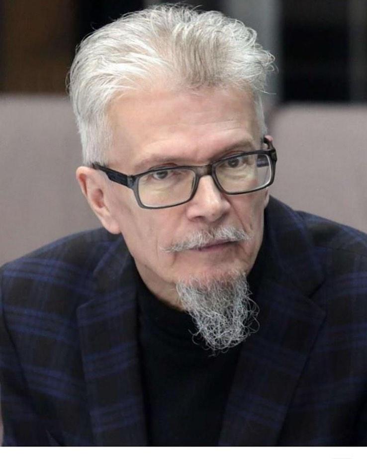После продолжительной болезни скончался отец моих детей Эдуард Лимонов