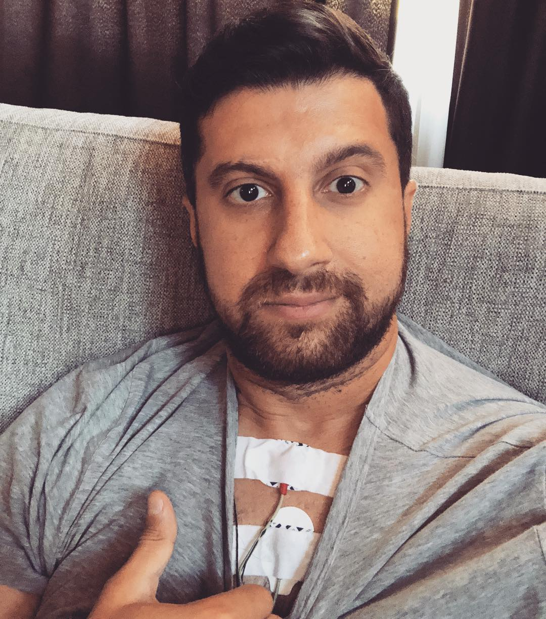 32-летний Амиран Сардаров сообщил, что его ограбили