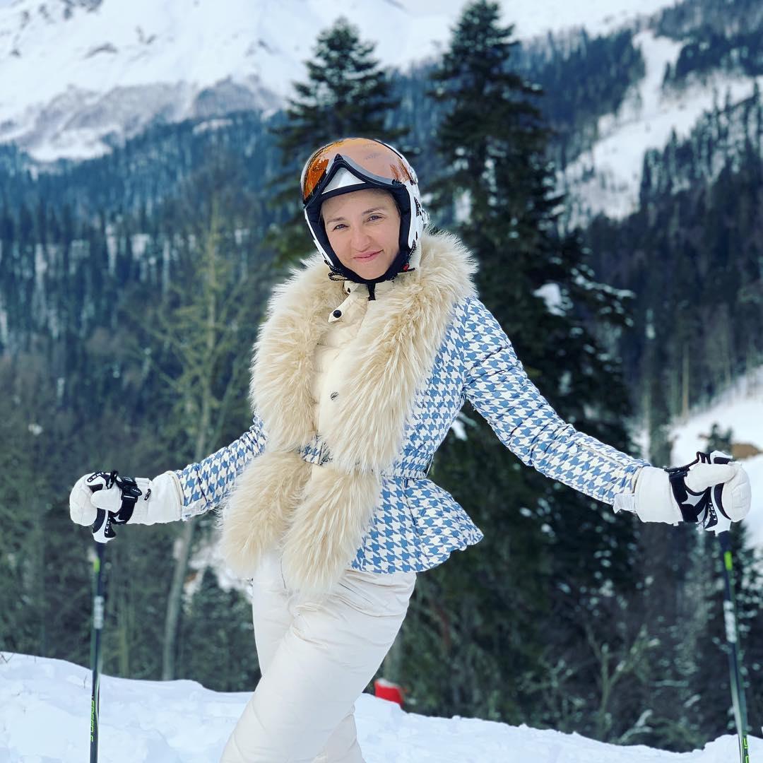 Фигуристка катается на лыжах с 16 лет