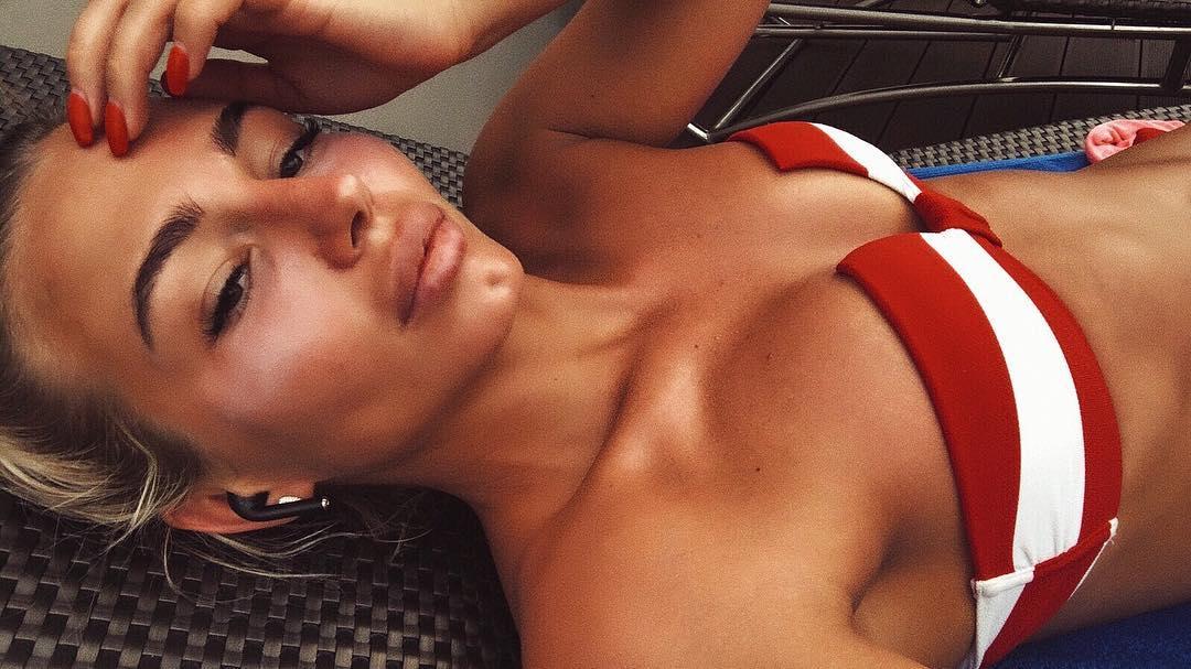 Ксения Коваленко вошла в ТОП-100 самых сексуальных девушек планеты 2014