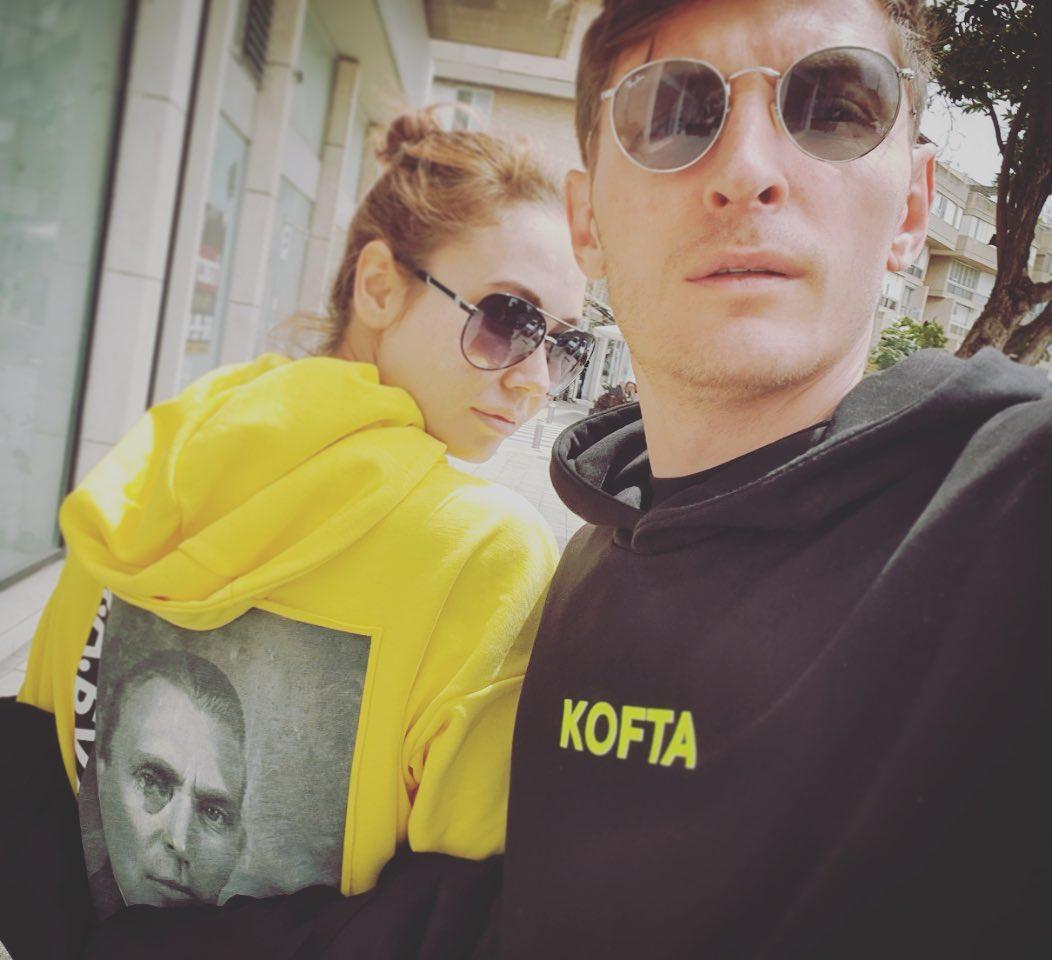 Ляйсан Утяшева и Павел Воля давно дружат с Гариком Харламовым