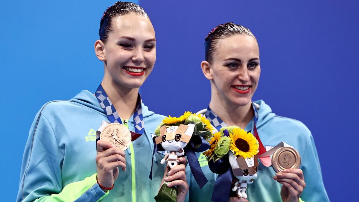 Савчук и Федина на церемонии награждения. Фото: REUTERS