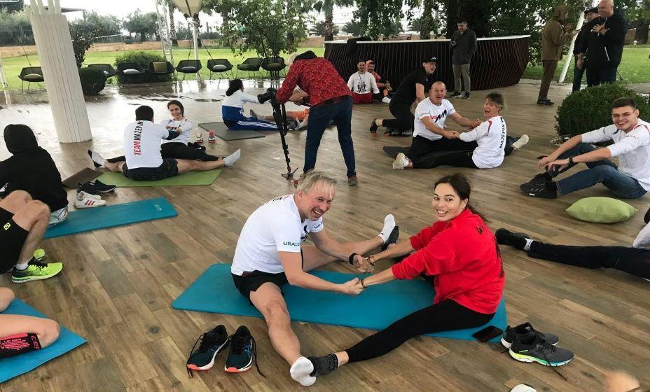 Гимнастка Евгения Канаева провела зарядку в Сочи. Фото: Павел Садков